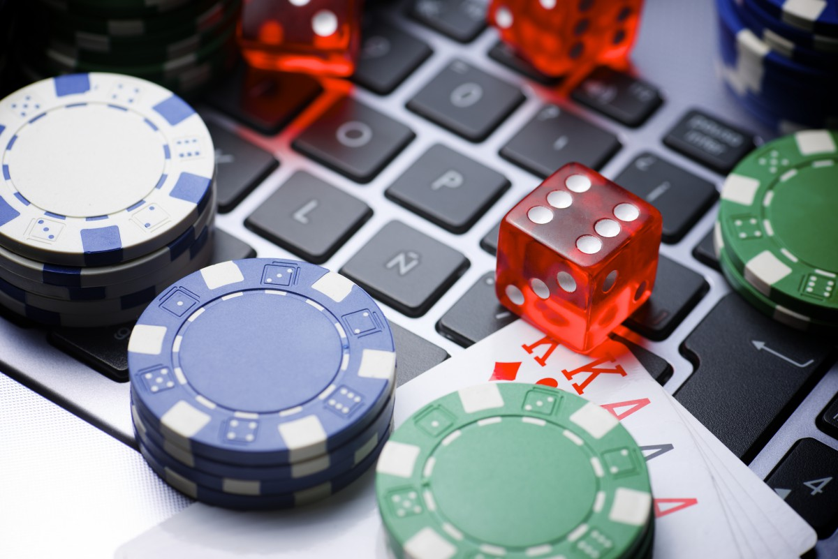 What is the role of the betting operator